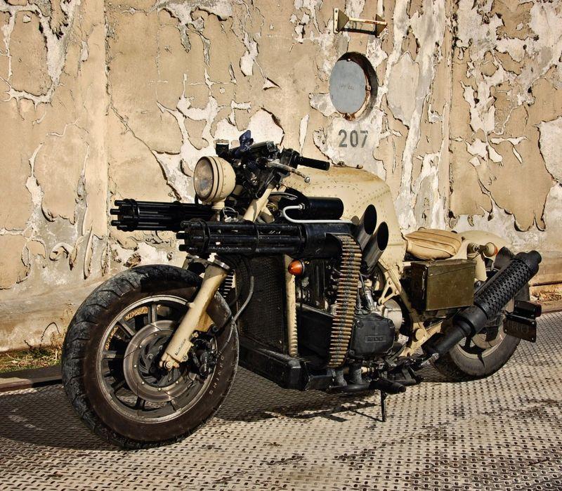 мотоцикл с пулемётами