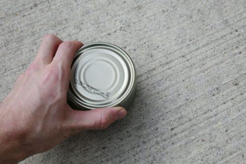 открываем консервную банку