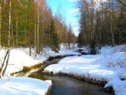 снег и река