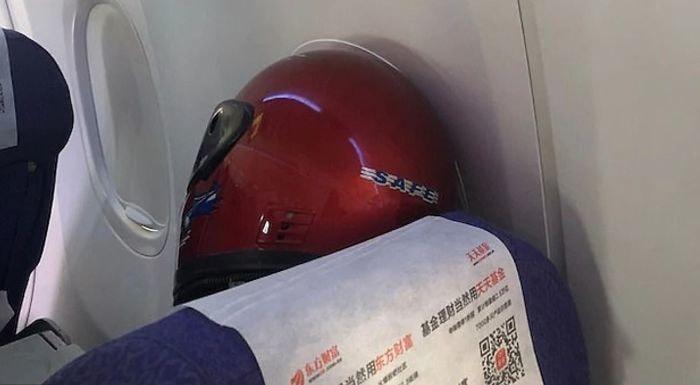 защита от коронавируса из мотоциклетного шлема
